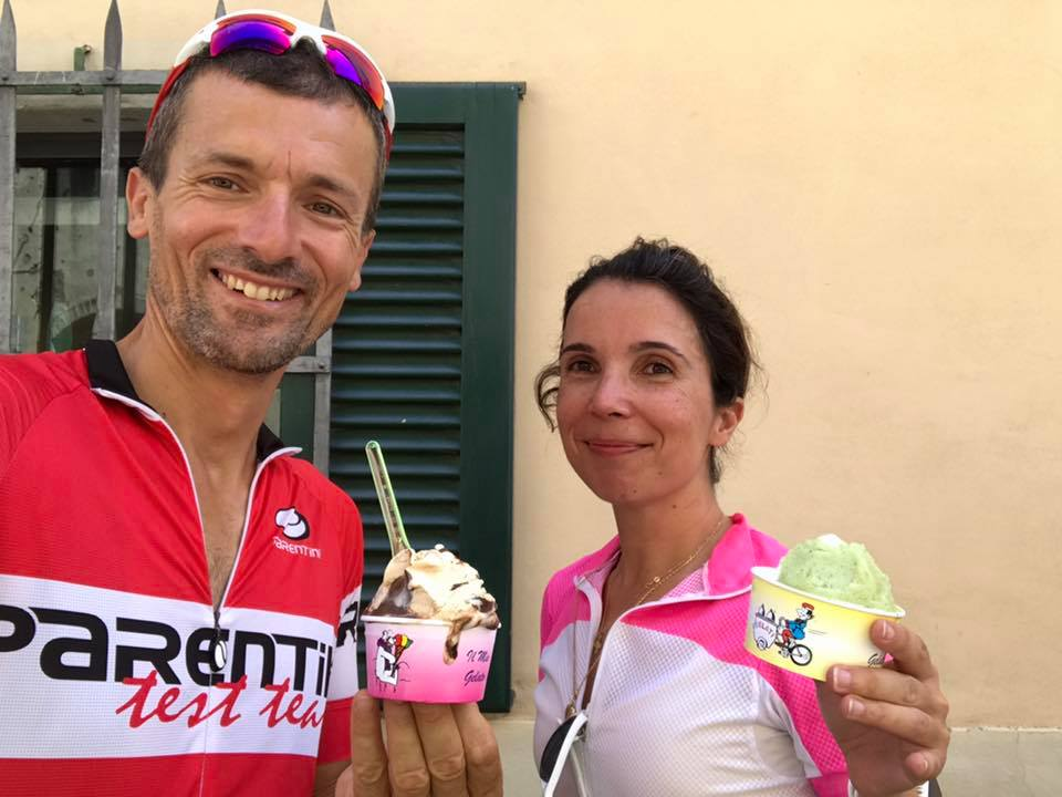 Gelato in San Gimignano with Bike Florence & Tuscany