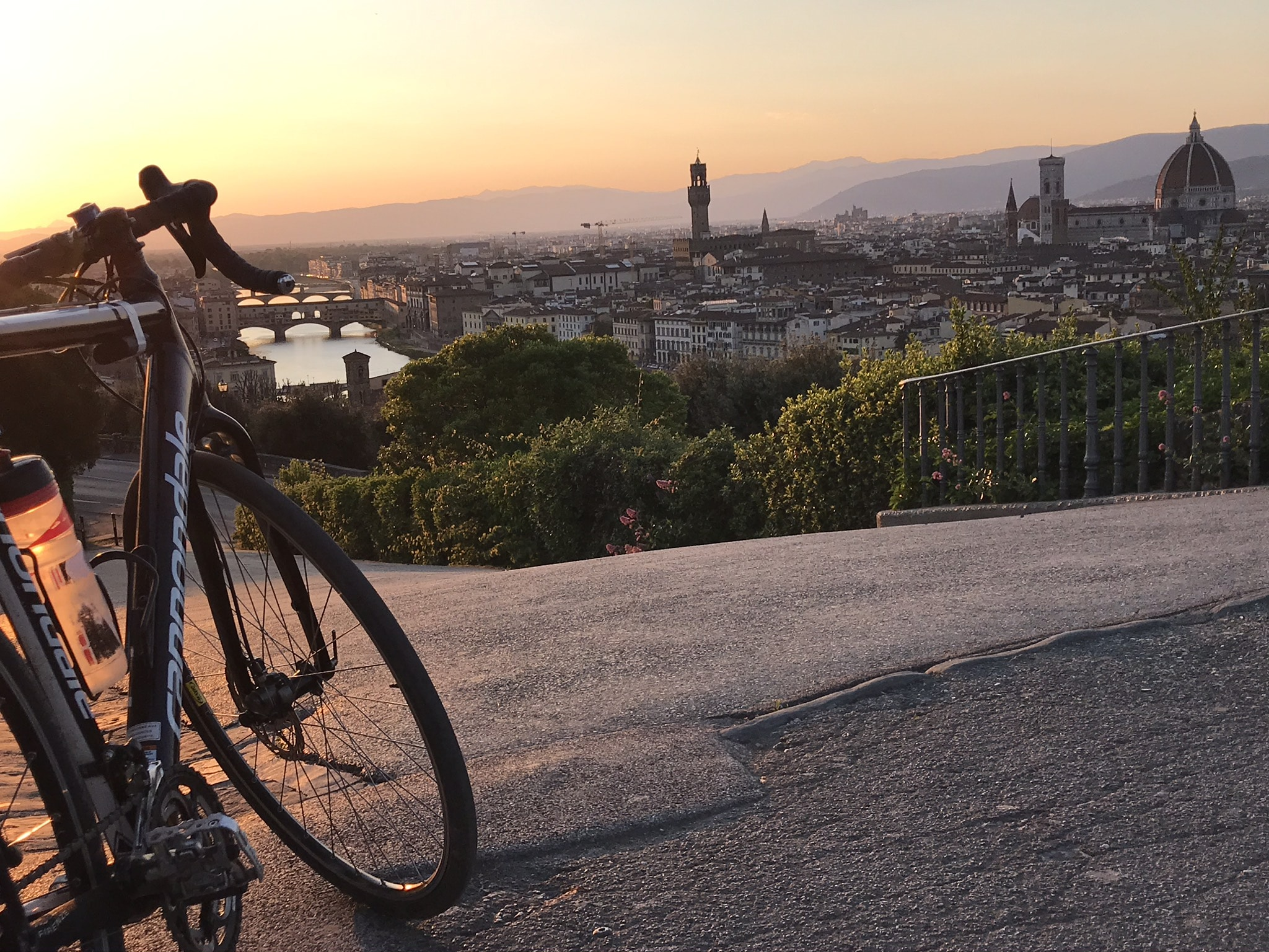 Enchanting Florence bike tour | Piazzale Michelangelo | bikeinflorence.com